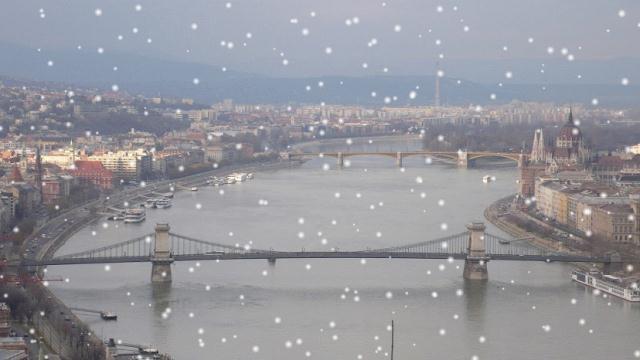 Pogled na mostove Budimpešte, Advent u Budimpešti_2013.