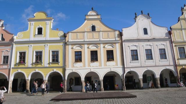 Telč_ grad poznat po pastelnim fasadama i pročeljima zgrada koja su sačuvana od bombardiranja u drugom svj. ratu