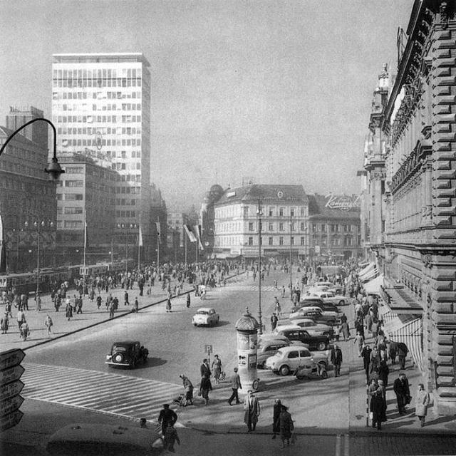 Zagreb, Trg bana J. Jelačića