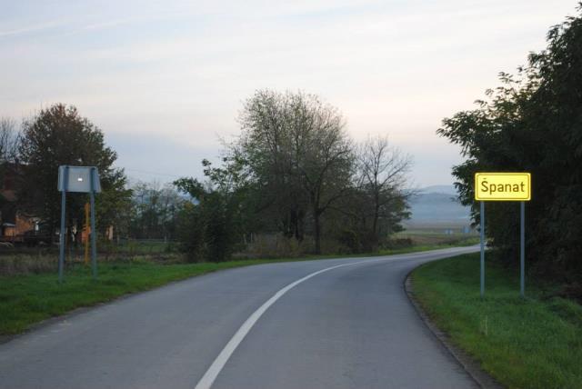 Ulaz u nase selo Španat