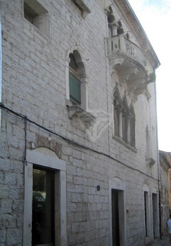 Palace De Martini, city gallery