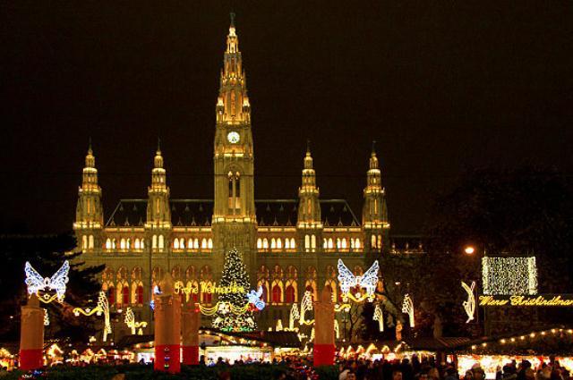 Beč, Gradska vijećnica - božićni sajam
