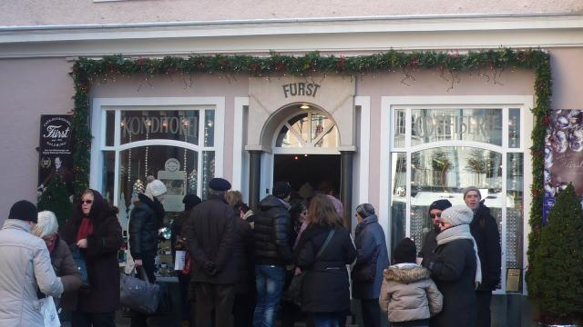Salzburg_2012.-Ovdje se prodaju original Mozart kugle_ručna izrada