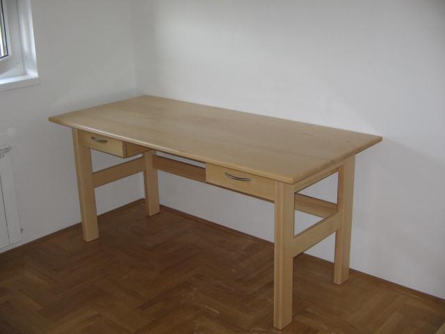 pisaći stol - masiv