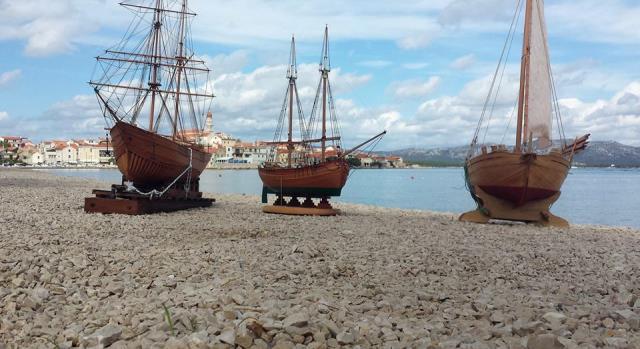 Makete tradicijskih drvenih brodova Skuna,Trabakul i Leut.