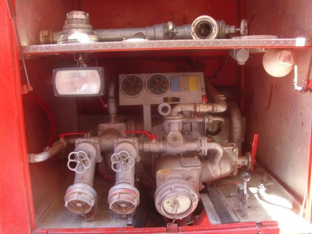 NAVALNO VATROGASNO VOZILO TAM 190 T 15