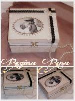 Unikatni predmeti Regina Rosa